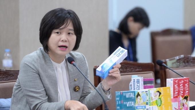 2016년 첫 국감 최악 혹평,그래도...
