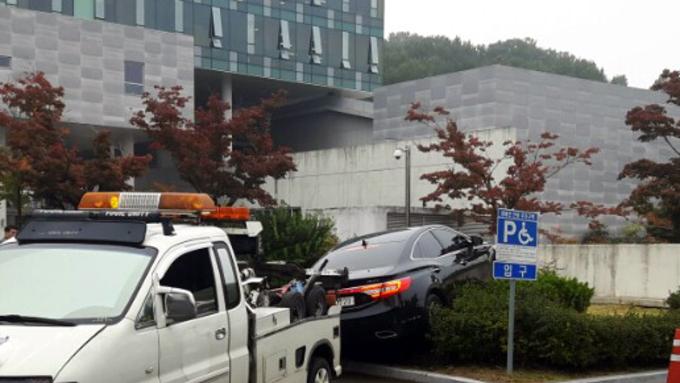 일가족 4명 사망 사고... '차량 급발진 실험'으로 확인