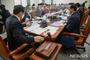 국회, 내년도 예산안 증액심사 돌입…특활비· 3차 재난지원금 도마 오를 듯
