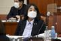 '정의연 의혹' 윤미향 의원, 법정공방 개시…기부금 횡령 등 총 6개 혐의