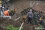 인도네시아 중부에서 규모 6.2 강진..사상자, 건물피해 심각