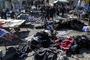 이라크서 자살폭탄 테러로 최소 140명 사상…IS 소행 추정