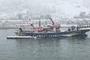 속초 대포항서 피항중이던 1.02t 어선 침몰…폭설 무게 원인