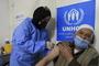 """""""백신 12개 중 절반  중국·인도 개발...개도국 대안으로 떠올라"""""""