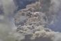 카리브해 화산 40년만에 폭발…1만6000명 피난