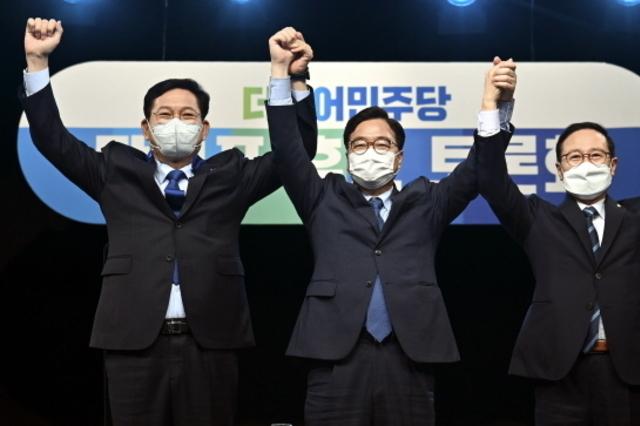 與 당권주자 첫 TV토론…우원식·홍영표 '공격' vs 송영길 '수비'