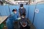 1회접종 얀센 백신, 오늘부터 섬지역 25곳서 예방접종...해군 함정 활용
