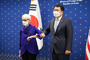 """한미 외교차관 전략대화 개최…셔먼 """"국제질서 저해 위협 논의"""""""