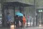 토요일 더위 한풀 꺾이나, 전국 비 소식...주말 여전히 습도 높아, 폭염주의보 지속 나들이 주의(내일날씨)