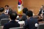 '위드 코로나' 방역 완화 초안 25일 공청회서 공개