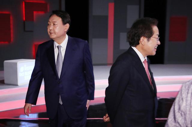 윤석열. 홍준표, 도넘은 이전투구…감정싸움으로 번지면서 '윤홍 폭망'대두
